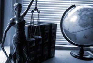 Takie są fakty, trzeba dziś widzieć, w czym mogą nam pomóc prawnicy